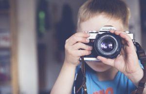 תליית תמונות לבית ולסלון